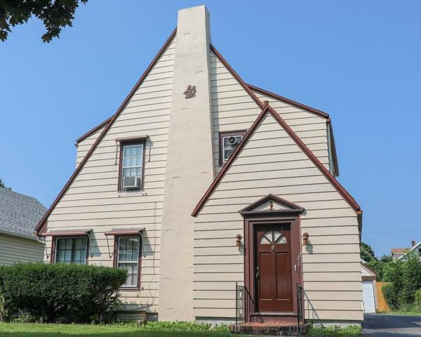 247 Avery Street, Rochester, NY 14606 (MLS #R1142108) :: Robert PiazzaPalotto Sold Team