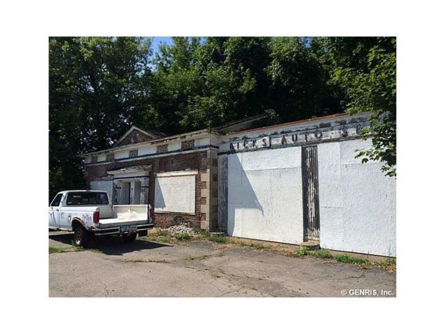 4051 Ridge Road, Williamson, NY 14589 (MLS #R1150305) :: The CJ Lore Team | RE/MAX Hometown Choice