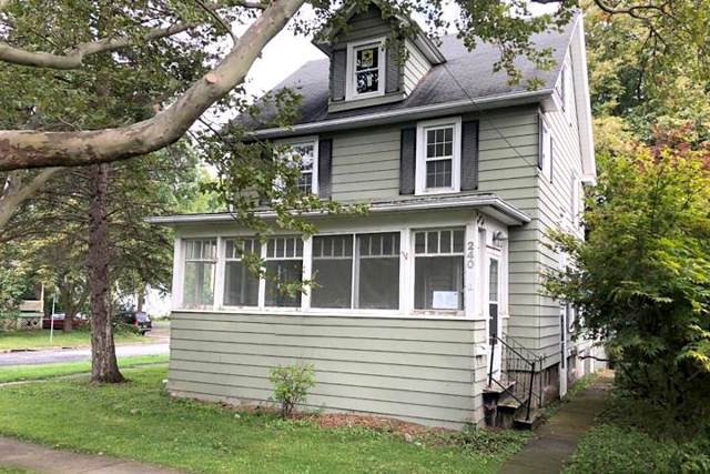 240 West Avenue, Canandaigua-City, NY 14424 (MLS #R1225171) :: BridgeView Real Estate Services