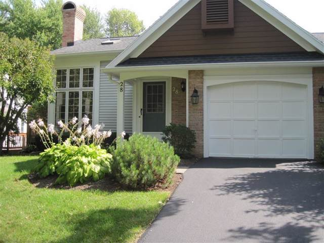 28 Eaglesfield, Perinton, NY 14450 (MLS #R1225797) :: The CJ Lore Team | RE/MAX Hometown Choice