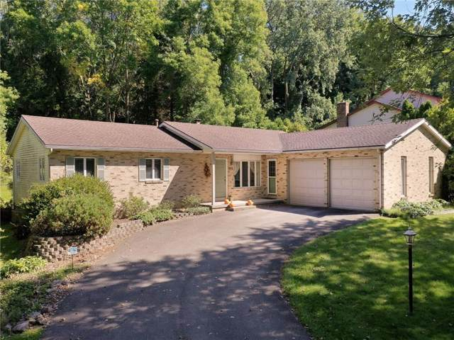 235 Beaconview Court, Irondequoit, NY 14617 (MLS #R1226658) :: Thousand Islands Realty