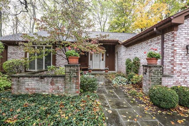 27 Tobey Brook, Pittsford, NY 14534 (MLS #R1240844) :: Robert PiazzaPalotto Sold Team