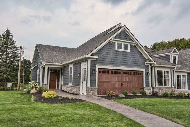 34 Greenpoint Trail, Pittsford, NY 14534 (MLS #R1242024) :: Robert PiazzaPalotto Sold Team
