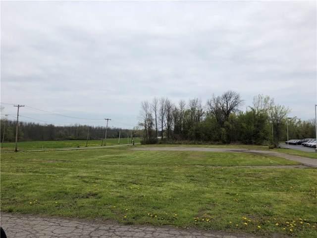 4702 W Ridge Road, Parma, NY 14559 (MLS #R1243580) :: The Chip Hodgkins Team
