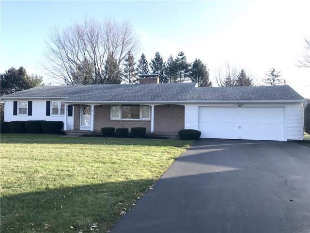 8 Candlewood Drive, Pittsford, NY 14534 (MLS #R1246099) :: The CJ Lore Team | RE/MAX Hometown Choice