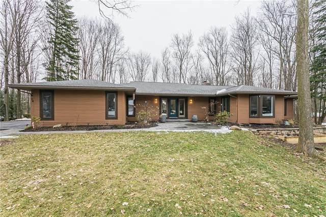 24 Chelsea Park, Pittsford, NY 14534 (MLS #R1259619) :: Robert PiazzaPalotto Sold Team