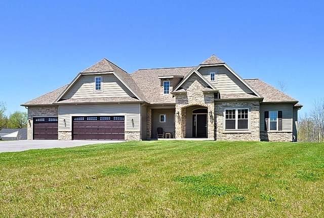 3 W Bellaqua Estates Drive, Chili, NY 14624 (MLS #R1266518) :: Lore Real Estate Services