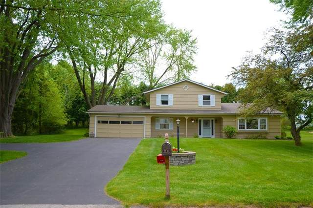 1147 Brooktree Lane, Webster, NY 14580 (MLS #R1268128) :: Updegraff Group