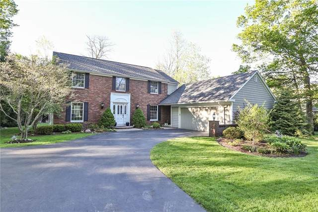 7 Greentree, Pittsford, NY 14534 (MLS #R1268918) :: Robert PiazzaPalotto Sold Team
