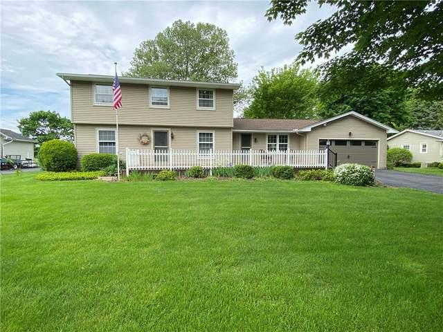 679 Shadowwood Lane, Webster, NY 14580 (MLS #R1269121) :: Robert PiazzaPalotto Sold Team
