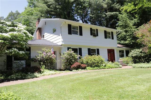 363 Panorama Trl, Penfield, NY 14625 (MLS #R1276553) :: Updegraff Group