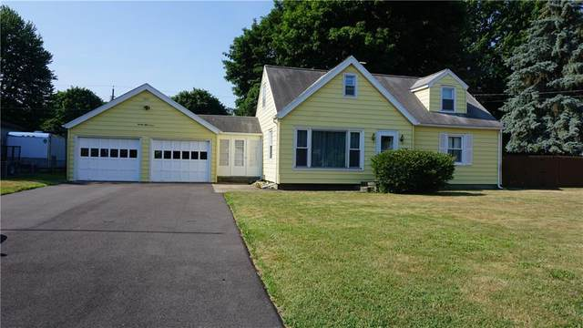 2057 Maiden Lane, Greece, NY 14626 (MLS #R1277159) :: Lore Real Estate Services