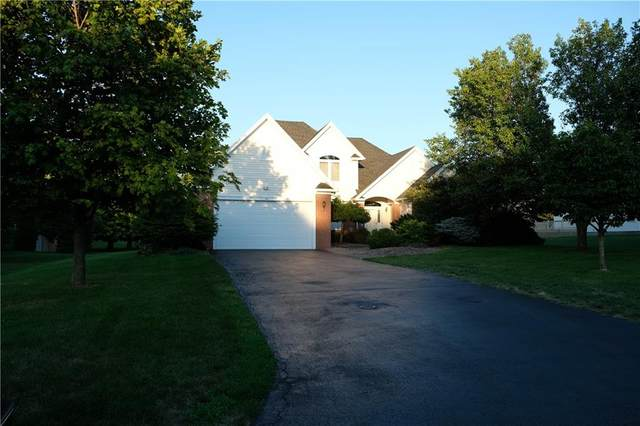 28 Simone Terrace, Penfield, NY 14580 (MLS #R1281985) :: Robert PiazzaPalotto Sold Team