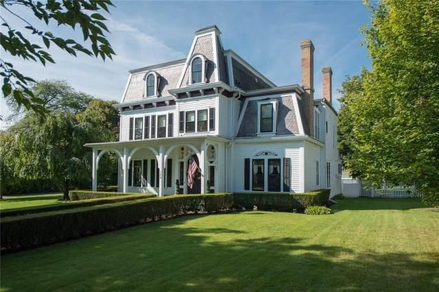 176 N Main Street, Canandaigua-City, NY 14424 (MLS #R1282574) :: TLC Real Estate LLC