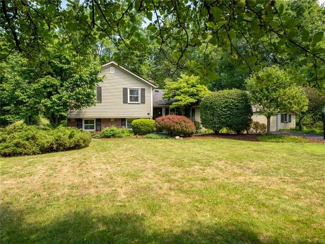 36 Willowbend Drive, Penfield, NY 14526 (MLS #R1282592) :: Robert PiazzaPalotto Sold Team