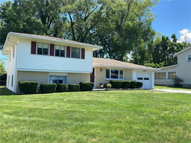 194 Ellinwood Drive, Irondequoit, NY 14622 (MLS #R1283524) :: Robert PiazzaPalotto Sold Team