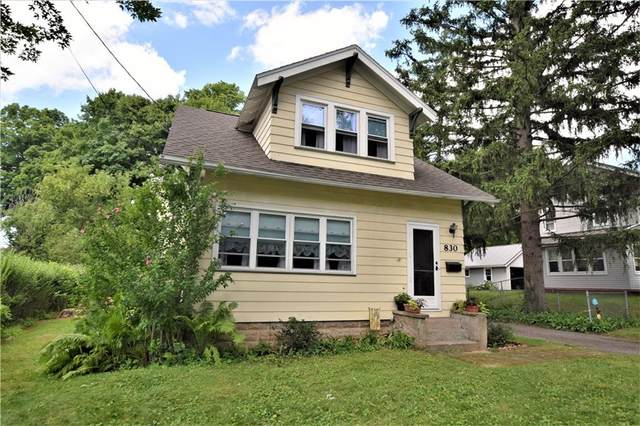 830 Harmon Road N, Penfield, NY 14526 (MLS #R1283821) :: Robert PiazzaPalotto Sold Team