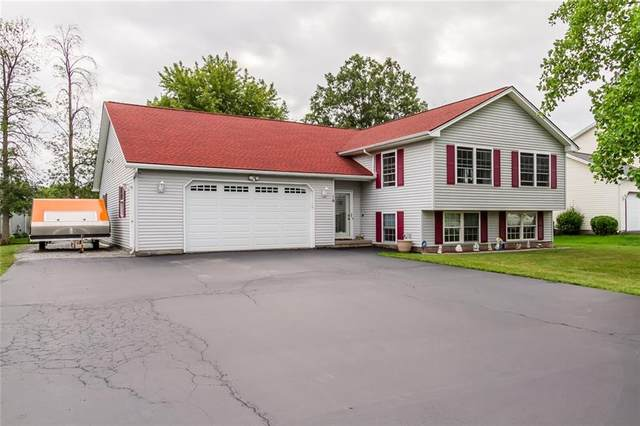 16 Larrigan Crossing, Clarkson, NY 14420 (MLS #R1289597) :: Robert PiazzaPalotto Sold Team
