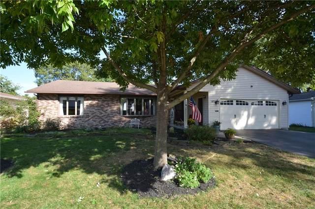 102 Pin Oak Lane, Irondequoit, NY 14622 (MLS #R1295924) :: Lore Real Estate Services