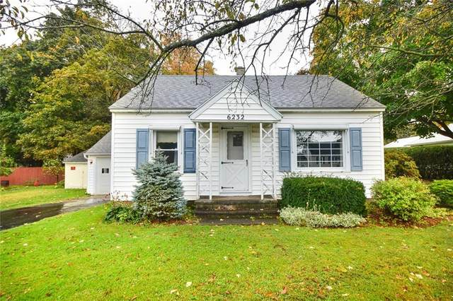 6232 Bennett St, Williamson, NY 14589 (MLS #R1296358) :: MyTown Realty