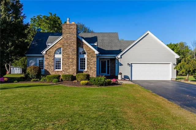 8 Fox Hill Dr Drive, Penfield, NY 14450 (MLS #R1296460) :: Lore Real Estate Services