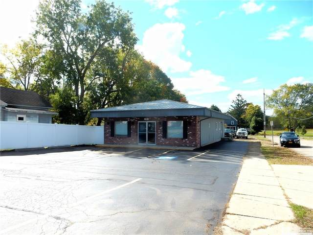 917 Washington Street, Jamestown, NY 14701 (MLS #R1299236) :: BridgeView Real Estate Services