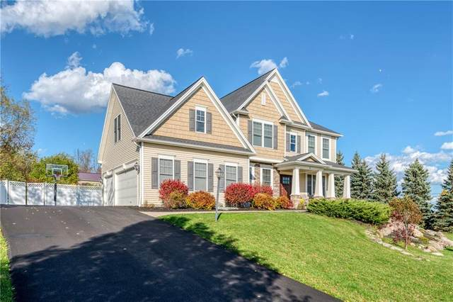 1 Nature View, Pittsford, NY 14534 (MLS #R1299901) :: Robert PiazzaPalotto Sold Team