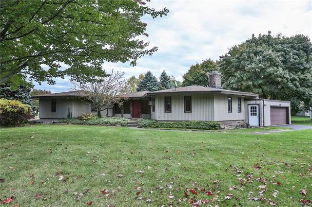 1586 Five Mile Line Road, Penfield, NY 14526 (MLS #R1302325) :: Thousand Islands Realty