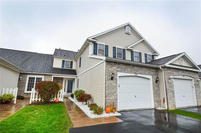 32 Foxe Commons, Chili, NY 14624 (MLS #R1302523) :: Thousand Islands Realty