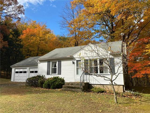 205 Thayer Road, Perinton, NY 14450 (MLS #R1302994) :: Robert PiazzaPalotto Sold Team