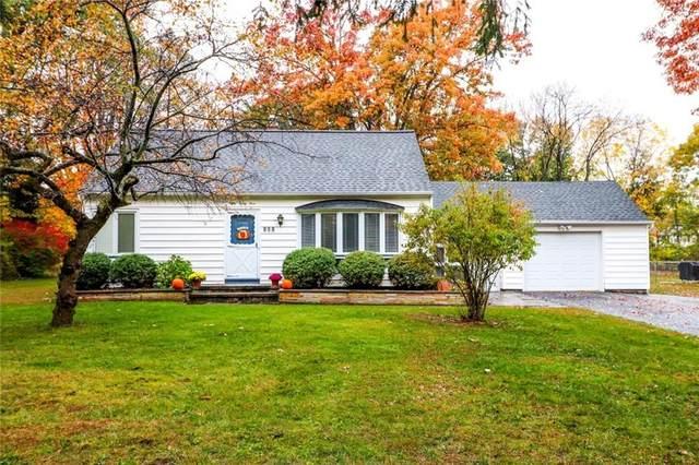 833 Chestnut, Webster, NY 14580 (MLS #R1304091) :: MyTown Realty