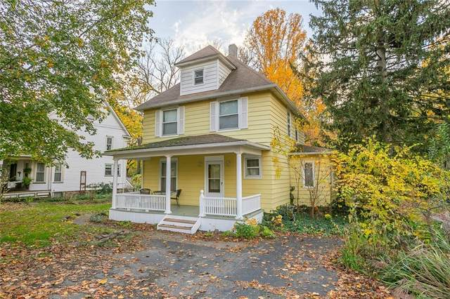 2185 Five Mile Line Road, Penfield, NY 14526 (MLS #R1304372) :: MyTown Realty
