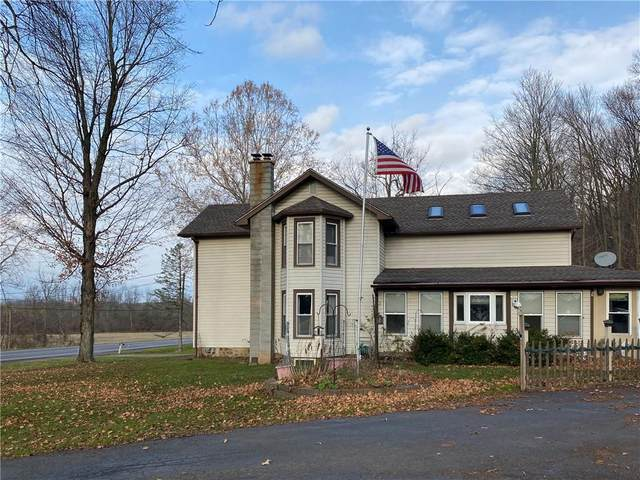 215 County Road 7, Manchester, NY 14432 (MLS #R1308798) :: BridgeView Real Estate Services