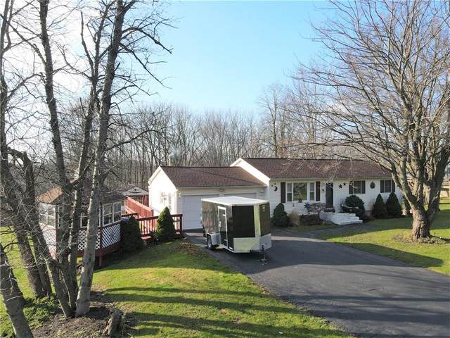 3263 Maple Avenue, Palmyra, NY 14568 (MLS #R1309814) :: BridgeView Real Estate Services