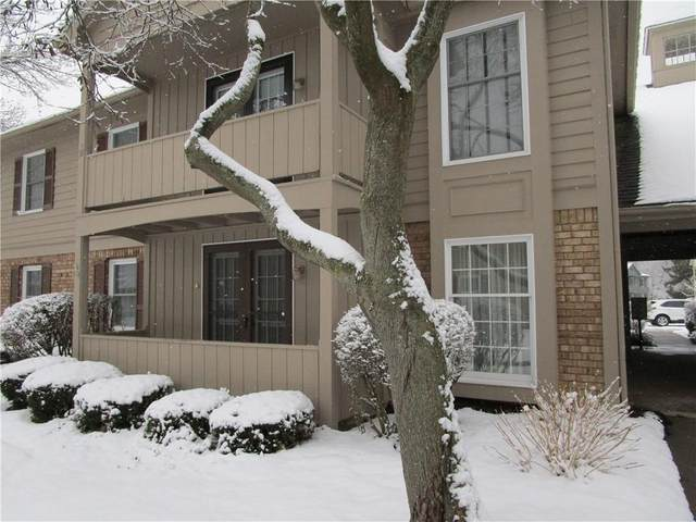 34 Wood Creek Drive, Pittsford, NY 14534 (MLS #R1315962) :: Mary St.George | Keller Williams Gateway