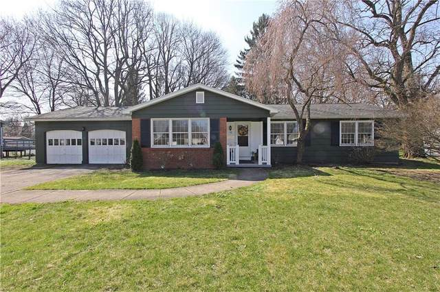 15 Thorntree Circle, Penfield, NY 14526 (MLS #R1329414) :: Lore Real Estate Services