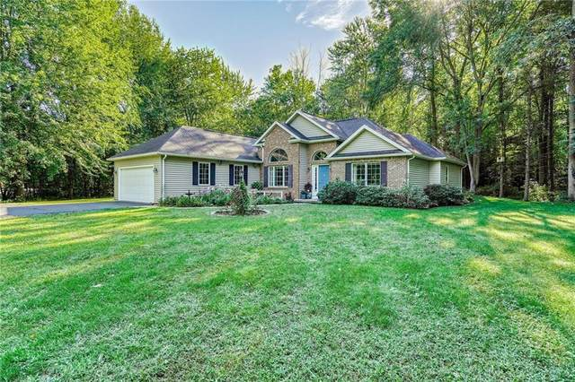 910 Maple Drive, Webster, NY 14580 (MLS #R1329545) :: Mary St.George | Keller Williams Gateway