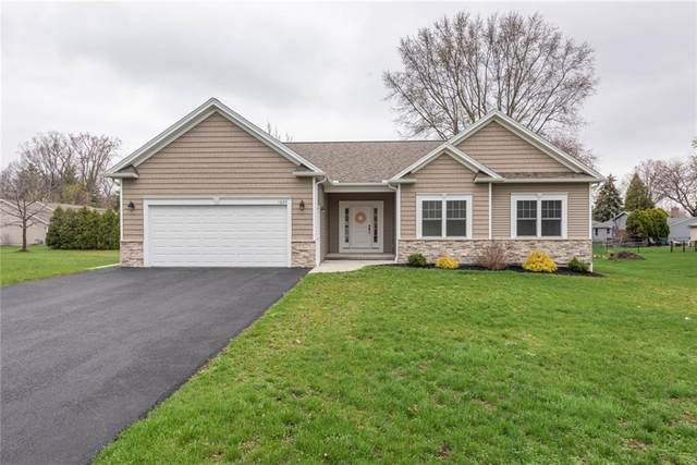 1620 Maiden Lane, Greece, NY 14626 (MLS #R1329551) :: Lore Real Estate Services