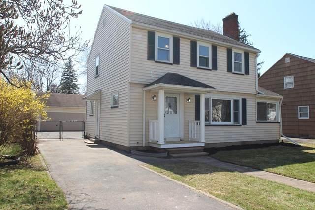 451 Harwick Road, Irondequoit, NY 14609 (MLS #R1330054) :: BridgeView Real Estate Services