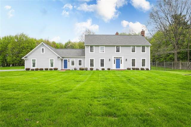 4140 Clover Street, Mendon, NY 14472 (MLS #R1330077) :: Lore Real Estate Services