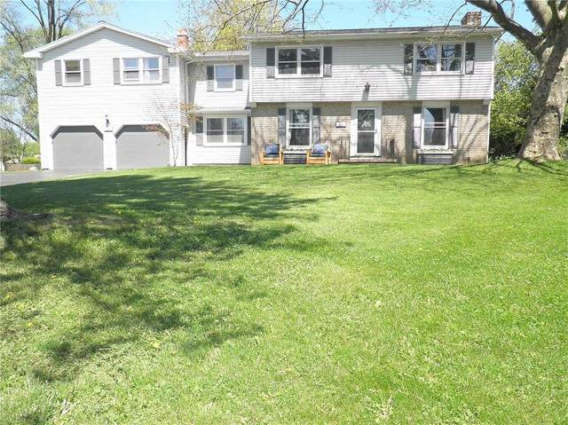 26 Thorntree Circle, Penfield, NY 14526 (MLS #R1332875) :: Lore Real Estate Services
