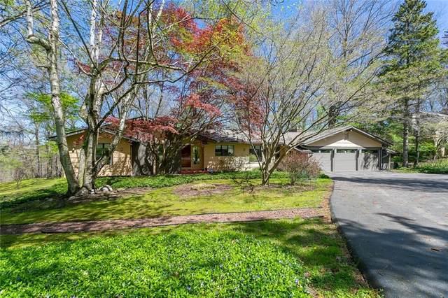 4 Lodge Pole Road, Perinton, NY 14534 (MLS #R1333821) :: Lore Real Estate Services