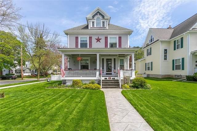 44 Lapham Park, Webster, NY 14580 (MLS #R1335403) :: BridgeView Real Estate Services
