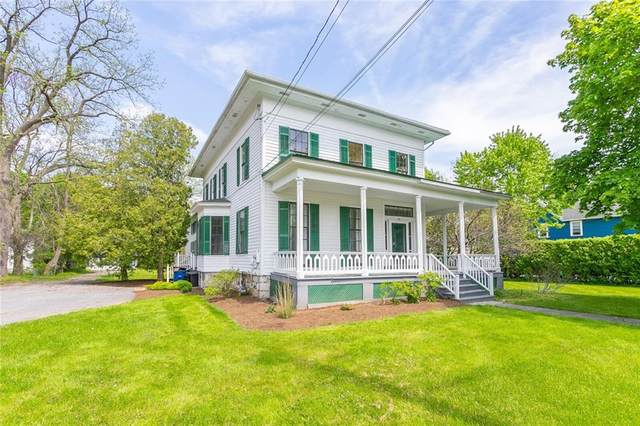 129 Hubbell Street, Canandaigua-City, NY 14424 (MLS #R1338852) :: Lore Real Estate Services