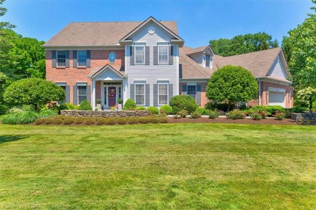 74 Meadow Cove Road, Pittsford, NY 14534 (MLS #R1340900) :: Robert PiazzaPalotto Sold Team