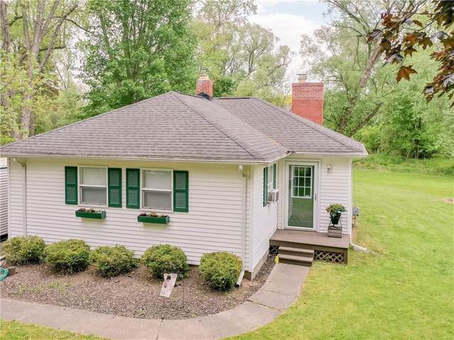 845 Whalen Road, Penfield, NY 14526 (MLS #R1341283) :: Robert PiazzaPalotto Sold Team
