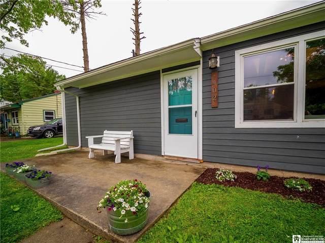 402 Chautauqua Avenue, Jamestown, NY 14701 (MLS #R1341701) :: Thousand Islands Realty