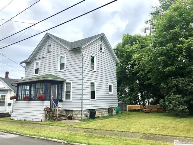 310 Canary Street, Dunkirk-City, NY 14048 (MLS #R1342015) :: BridgeView Real Estate Services