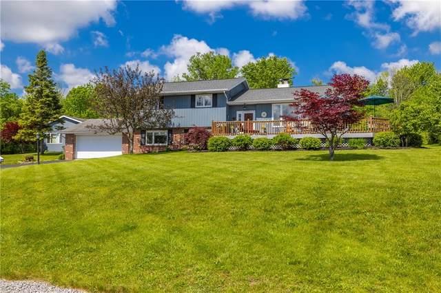4104 Onnalinda Drive, Canandaigua-Town, NY 14424 (MLS #R1342095) :: BridgeView Real Estate Services