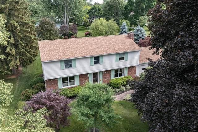 74 Hillrise Drive N, Penfield, NY 14526 (MLS #R1343958) :: TLC Real Estate LLC